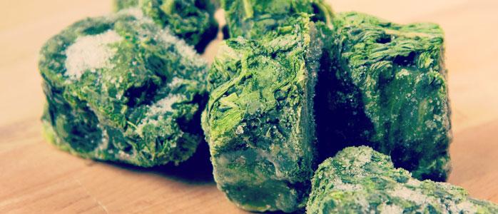 Vegetarischer Blätterteigstrudel mit Spinat und Ricotta