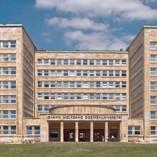 Jura studieren an der Uni Frankfurt - Blick auf das Hauptgebäude