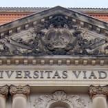 Jura studieren an der Viadrina Universität Frankfurt Oder - Blick auf das Hauptgebäude